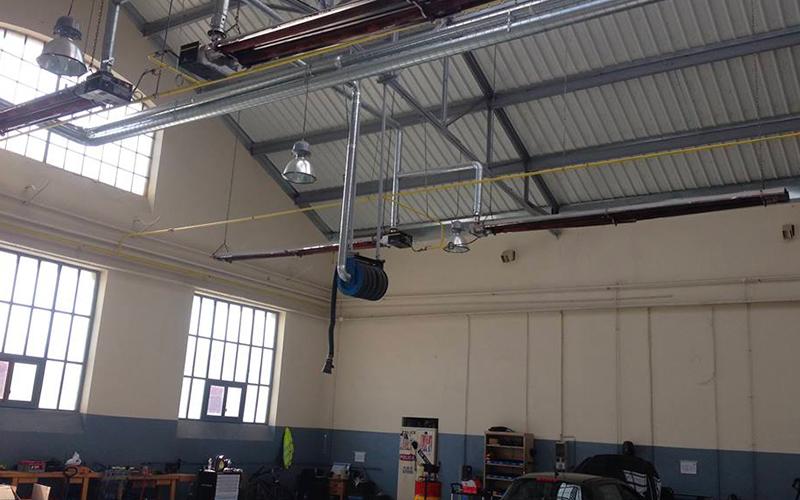 Installation d'un chauffage radiant en industrie